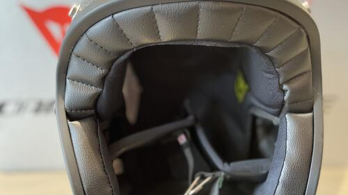 AGV X70 内装2