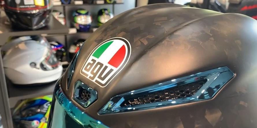 【限定モデル】AGV PISTA GP RR -FUTURO CARBONIO FORGIATO