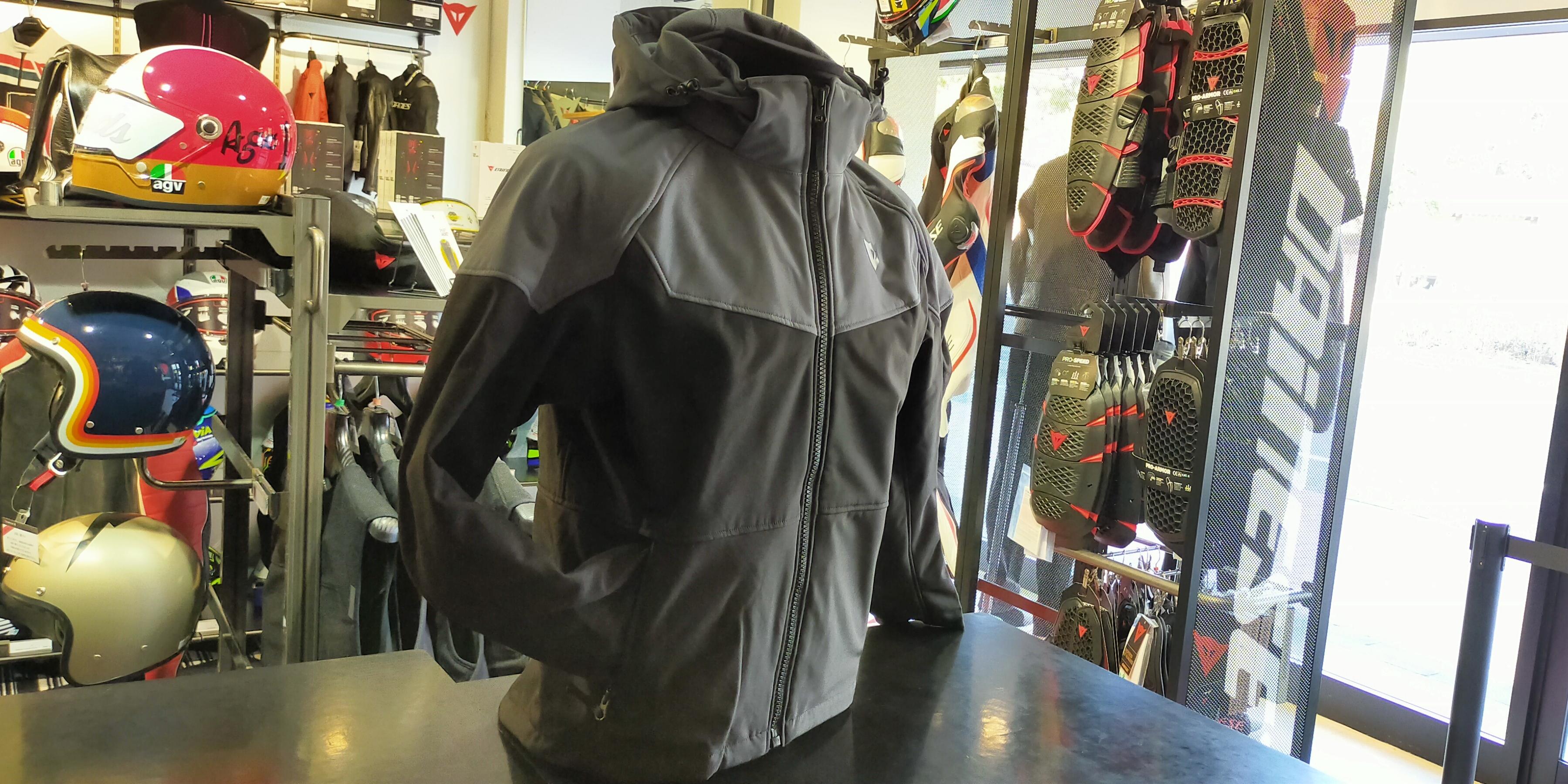 カジュアルで毎日着れるジャケット[IGNITE TEX JACKET]