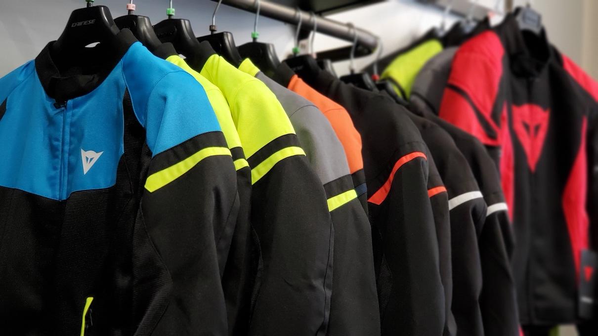 メッシュジャケットのモデル別でのサイズ比較