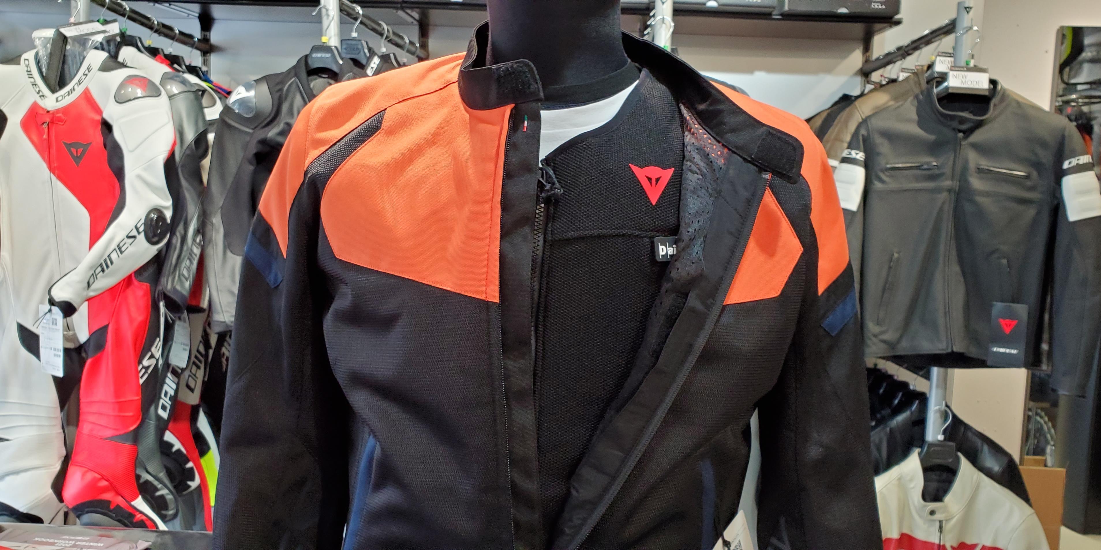 世界最高レベルの安全と自由を!スマートジャケットの魅力