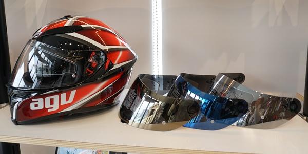 AGV新作ヘルメット入荷しました♪