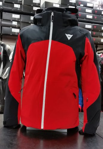 スキースタイルに合わせデザインされたジャケット『HP2 M2.1』が入荷しました。