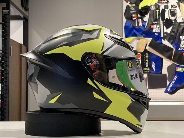 レーシング技術から誕生したヘルメット K1