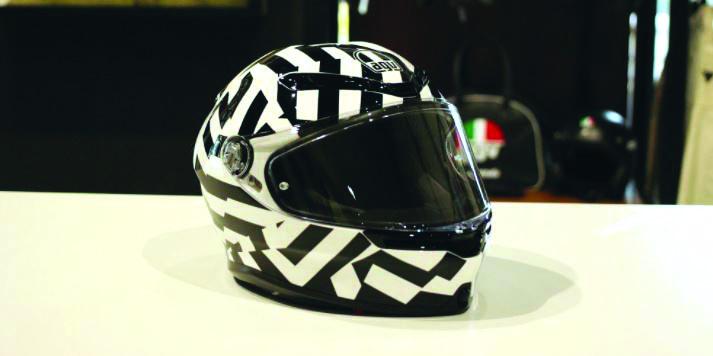 人気ヘルメット K6の魅力ご紹介